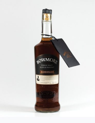 Bowmore-Hand-Filled-20-Year-Old-Single-Cask